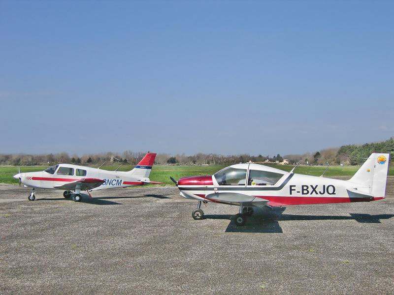 PA28/161 Cadet and Robin HR-200/100